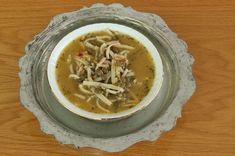 Anadolu'nun pek çok yöresinde sıklıkla yapılan bir çorba sakala çarpan çorbası tarifi. Bol vitaminli, iştah artıran, soğuk algınlığına kalkan olan bir çorba.