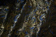 Z524 Brokaat-achtig fantasie kobalt/zwart/goud