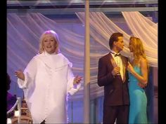 Angelika Milster - Komm tanz mit mir 2006 - YouTube Youtube, Dresses, Musik, Vestidos, Dress, Youtubers, Gown, Outfits, Youtube Movies
