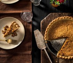 NYT Cooking: Julia Child�s Aunt Helen�s Fluffy Pumpkin Pie