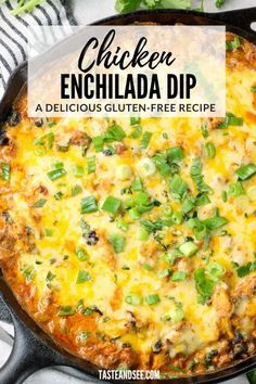 This Chicken Enchilada Dip is one of the most delicious, cheesiest appetizers ever! It's such a crowd pleaser - with shredded chicken, cream cheese, corn, black beans, tomatoes, jalapeños, green chilies, enchilada sauce and yummy Mexican spices. #TasteAndSee Fancy Appetizers, Appetizer Dips, Healthy Appetizers, Appetizer Recipes, Chicken Enchilada Dip, Enchilada Sauce, Chicken Enchiladas, Dip Recipes, Mexican Food Recipes