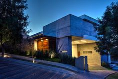 Una casa doblemente asombrosa - ¡Ni te imaginas porqué! Descubre más en http://www.homify.com.mx/revista