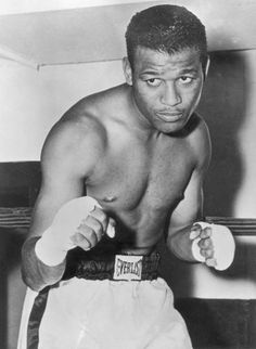 Sugar Ray Robinson, Boxing History, Bbc Broadcast, Sports Stars, Woodburning, Stock Pictures, Athletes, 1990s, Legends