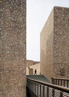 Morse and Ezra Stiles Colleges, New Haven, KieranTimberlake's reworking of the Saarinen complex  Yale University
