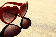 summer party sunglasses <3