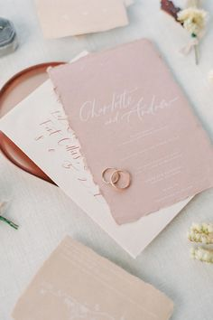 "From the editorial ""Modern Sunset-Inspired Wedding Inspiration in the Colorado Rockies."" These soft-toned, modern invitations were the perfect touch to this Colorado wedding. We're sharing all the ethereal details on stylemepretty.com. Photography: @decorusfineart  #weddinginvitations #weddinginvitationsuite #weddingstationery #modernweddinginvitation #coloradowedding Original Wedding Invitations, Affordable Wedding Invitations, Wedding Invitation Inspiration, Wedding Invitation Suite, Wedding Stationery, Wedding Inspiration, Modern Invitations, Invites, Vintage Wedding Theme"