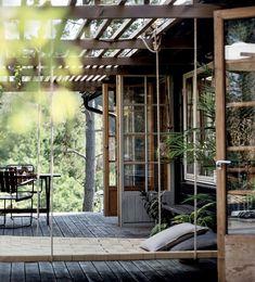Scandinavian Cottage, Swedish Cottage, Swedish House, Scandinavian Style, Summer House Interiors, Cottage Garden Design, Highland Homes, Cottage Exterior, Cottage In The Woods
