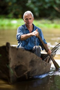 """jeremy wade familie   Jeremy Wade in """"River Monsters"""" - © Animal Planet"""