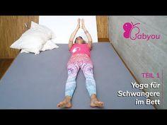 BABYOU ist für Frauen mit Problemen oder Komplikationen in der Schwangerschaft. Stärke deinen Körper und Geist mit Yoga im Bett bei Bettruhe ... Bedrest Pregnancy, Bed Rest, Capri Pants, Pajama Pants, Pajamas, Yoga For Pregnant Women, Yoga Teacher, Feel Better, Pregnancy