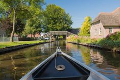 Tien Nederlandse dorpen waar je geweest moet zijn .