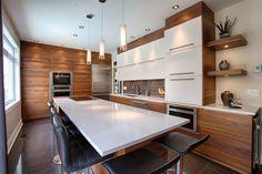 Résultats de recherche d'images pour «cuisine armoire beige et blanc»