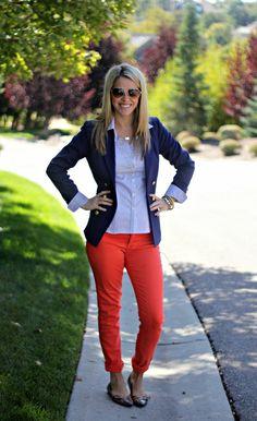 Navy Blazer, Button Down, Orange Pants, or any color bright pants. Orange Pants Outfit, Red Pants, Coral Pants, Orange Jeans, Pantalon Orange, Preppy Style, My Style, Preppy Girl, Bright Pants