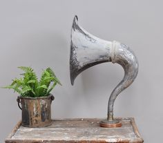Antique Gramophone Horn - Bring It On Home