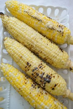 How to grill corn in