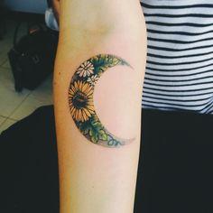Pretty sunflower tattoo design ❤️️