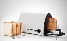 It´s like your toast is getting an MRI: love it!
