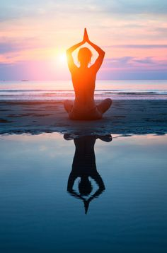 4 Yoga Moves for Divers to Stay Calm and Strong