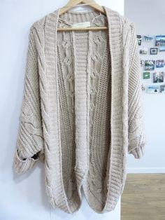 Chaqueta de lana beige