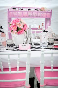 Table at a Paris Party #parisparty #table