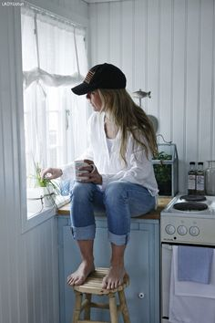 Coffee break - time to meditate Hai, Day For Night, Coffee Break, In This Moment, My Style, Interior, Inspiration, Home Decor, Beach Houses