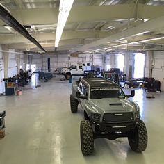 The view from my office doesn't suck.unless of course and are dicking around and not working. Cool Trucks, Cool Cars, Hummer Truck, Diesel Brothers, Ford Girl, Cars Usa, Diesel Trucks, Lifted Trucks, Cars Motorcycles