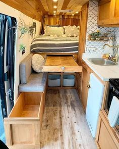 15 Simple Rv Camper Does Van Life Remodel Inspire You Design Ideas When you liv&; 15 Simple Rv Camper Does Van Life Remodel Inspire You Design Ideas When you liv&; Honolulu Campingbus […] Homes On Wheels bus conversion Van Living, Tiny House Living, Kombi Home, Tiny House Storage, Camper Van Conversion Diy, Sprinter Van Conversion, Van Conversion With Bathroom, Van Conversion Interior, Van Conversion Layout