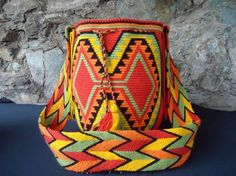 View album on Yandex. Tapestry Bag, Tapestry Crochet, Crochet Purses, Crochet Bags, Knitted Bags, Hand Knitting, Weaving, Color, Poufs