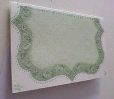 Něžně barokní v zeleném nádechu Ručně vyrobené přáníčko/komplimentka pro každou příležitost. Obálka v ceně :-). Při nákupu nad 500,00 Kč poštovné zdarma!