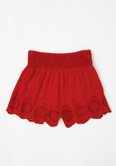 Give It a Triumph Shorts in Ruby. Up for a round of beach volleyball? #red #modcloth