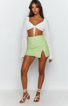 Green Daisy Mini SkirtIdeal for picnics and brunch dates - pairs perfectly with the matching crop and slides to create an effortless glowA-line fitLinedInvisible zip at the backSlit cut on the side Fashion Wear, Girl Fashion, Female Fashion, Love Island Outfits, Cute Skirts, Mini Skirts, Ideal Girl, City Outfits, Junior Outfits