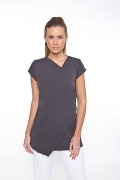 has a beautiful shape & suits all body shapes. Abstract neck and hem line to elongate the body. Cap sleeves with side splits for easy movement, zips at the rear. Salon Uniform, Spa Uniform, Scrubs Uniform, Medical Uniforms, Work Uniforms, Filipino Fashion, Spring Spa, Electric Blue, Cap Sleeves