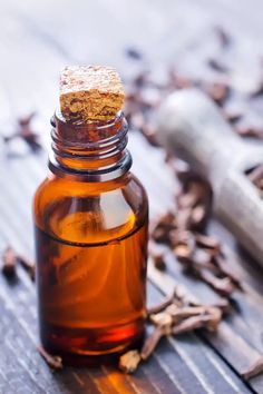 Home Remedies For Toothache - Clove Oil Home Remedies For Sickness, Severe Tooth Pain, Remedies For Tooth Ache, Clove Oil, Health And Wellbeing, Pain Relief, Feel Better, Natural Health, Natural Remedies