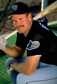 wade boggs - Loved watching him play... Ohh the 90's.. :]