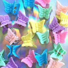 Deadstock Butterfly Clips 🦋 You will receive 12 clips - Depop Aesthetic Indie, Rainbow Aesthetic, Aesthetic Hair, Pink Aesthetic, Aesthetic Clothes, Images Esthétiques, Estilo Indie, Accesorios Casual, Photocollage