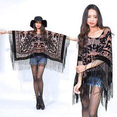 hippie outfits 275001120970693828 - Sheer Nude Fringe Silk Burnout Velvet Hippie Boho Gypsy Festival Cape Poncho Source by mehitabelrose Boho Gypsy, Hippie Boho, Mode Hippie, Gypsy Style, My Style, Hippie Style, Diy Fashion, Fashion Dresses, Womens Fashion
