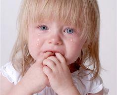 Картинки по запросу ребенок плачет