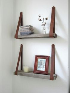 Pallet shelves with leather straps