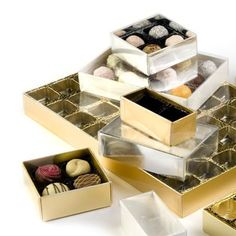 Affordable & attractive chocolate gift packaging boxes with clear lids; supplied complete with divider inserts for between 2 and 48 chocolates Chocolate Box Packaging, Chocolate Gift Boxes, Gift Packaging, Packaging Design, Packaging Boxes, Chocolate Stars, Truffle Boxes, Elastic Ribbon, How To Make Chocolate