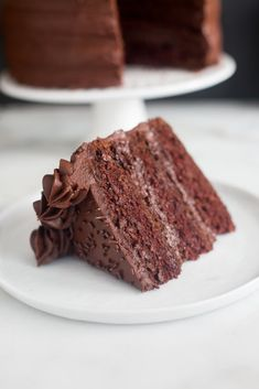 This is the Dark Chocolate Cake of my DREAMS! Tender, moist homemade chocolate cake with the best smooth, rich, dark chocolate frosting. Dark Chocolate Frosting, Decadent Chocolate Cake, Death By Chocolate, Homemade Chocolate, Chocolate Desserts, Chocolate Lovers, Food Cakes, Cupcake Cakes, Cupcakes