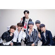 Produce 101 Season 2, Boy Groups, Behind The Scenes, Kpop, Videos, Boys, Photos, Instagram, Baby Boys