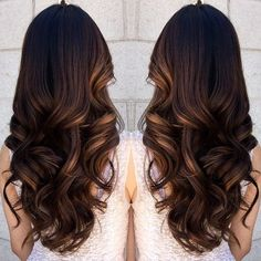 pretty caramel highlight and loose curls ~ we ❤ this! moncheriprom.com