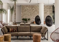 Casa Cook Hotel In Rhodes, Greece. The hotel design was a collaboration between architect Vana Pernariv, interior designer Annabell Kutucu and design. Casa Rock, Casa Cook Hotel, Rhodes Hotel, Futuristisches Design, Interior Styling, Interior Design, Turbulence Deco, Boho Home, Style Deco