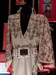 The White Conquistador suit was made in fall 1972 but but it wasn't worn until the 1974 January/February Las Vegas, Elvis never used the cape of that suit. The suit is now in display at Graceland.