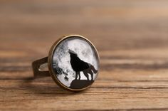 Howling wolf ring, full moon ring, adjustable ring, statement ring, brass ring, glass ring, antique bronze / silver ring, jewelry gift on Etsy, $9.50