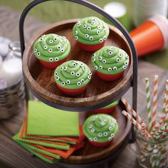 Halloween cupcakes that stare back at family and friends add fun to the holiday. Simple to make with Wilton® Baking Cups and Wilton Mini Eyeballs Icing Decorations.