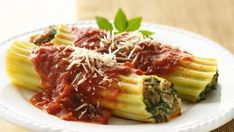 This manicotti stays heart-smart without sacrificing great taste by using ground turkey and fat-free ricotta cheese.