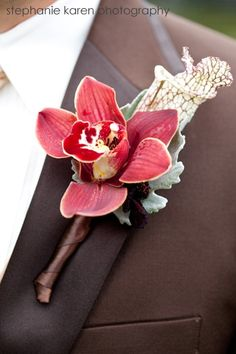 orchid and pitcher plant (can change orchid color to green, yellow or a brighter pink) Red Orchids, Cymbidium Orchids, Prom Flowers, Wedding Flowers, Wedding Trends, Wedding Ideas, Wedding Stuff, Dream Wedding, Orchid Corsages