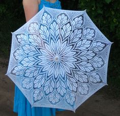 zimina natalja rosa Crochet Quilt, Crochet Chart, Filet Crochet, Crochet Patterns, Lace Umbrella, Lace Parasol, Crochet Gifts, Diy Crochet, Crochet Doll Dress