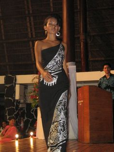Julya - Life in Samoa & the rest of the world Island Wear, Island Outfit, Tahiti, Samoan Dress, Samoan Designs, Island Style Clothing, Hawaiian Fashion, Fashion Dresses, Maxi Dresses