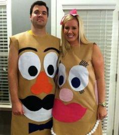 Trajes de casal do Dia das Bruxas - Halloween Paar Kostüme - Deer Halloween Costumes, Fete Halloween, Cute Costumes, Holidays Halloween, Halloween Crafts, Halloween Couples, Toy Story Kostüm, Monster Inc Costumes, Costume Carnaval